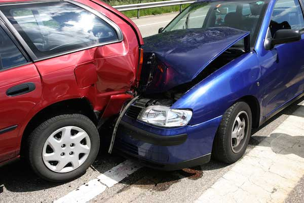 blue-and-red-cars-in-accident