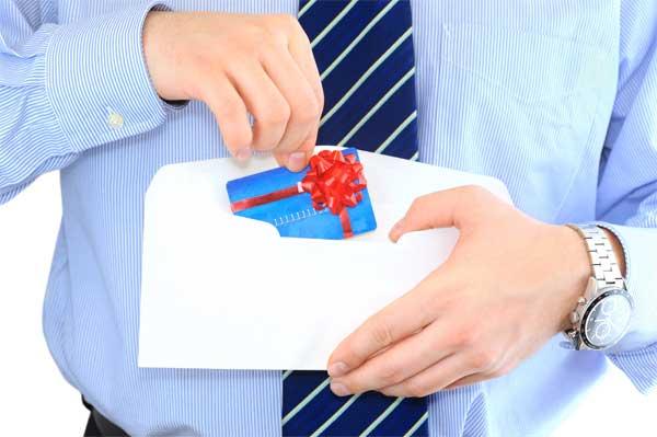 opening-envelope-credit-card-gift