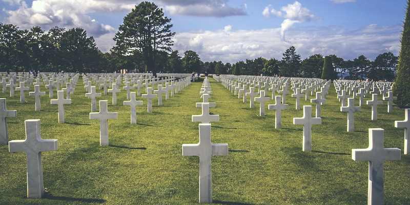 undas - cemetery