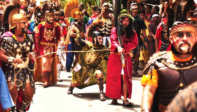 moriones festival play
